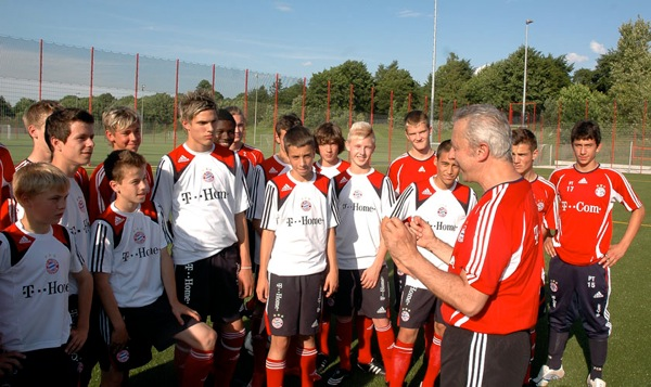 Coerver Coaching's Top 10 Coaches Tips