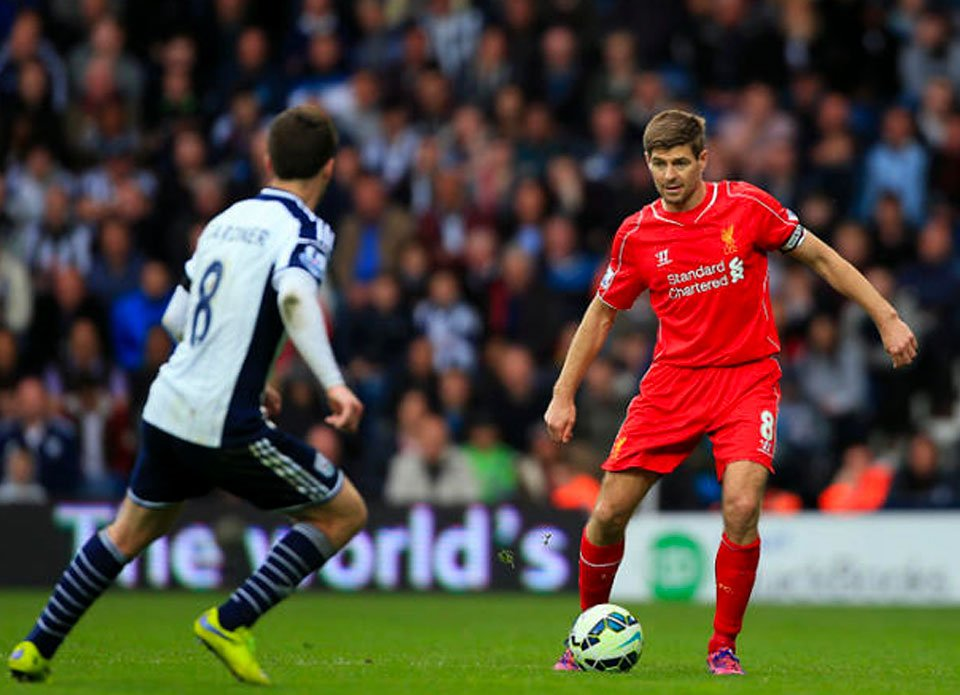 Play the killer pass like Steven Gerrard