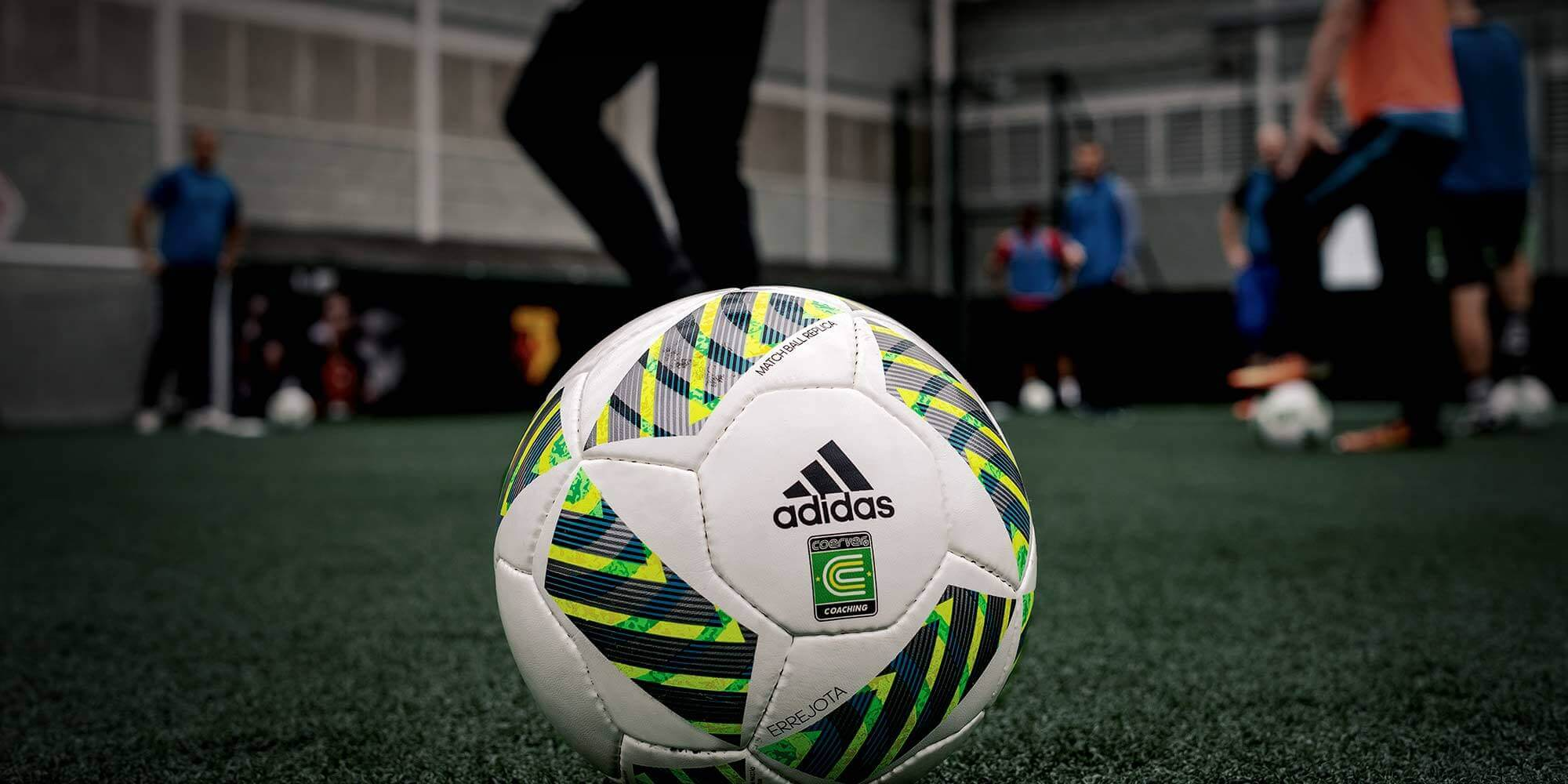 Improve your game with our soccer skills training | Coerver